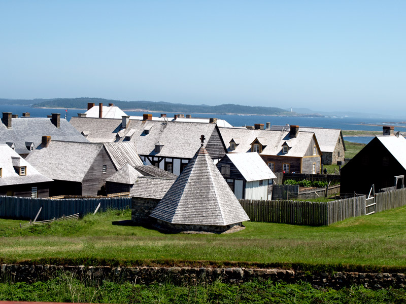 Fortress-Louisbourg-on-a-sunny-day