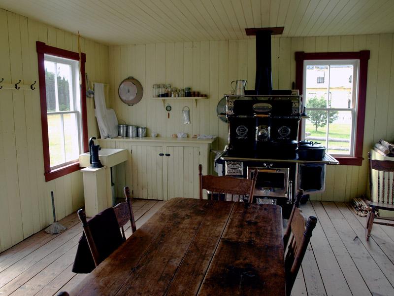 -bright-yellow-kitchen--Chiasson-Farm-1920-