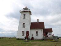 wood-islands-lighthouse-entrance